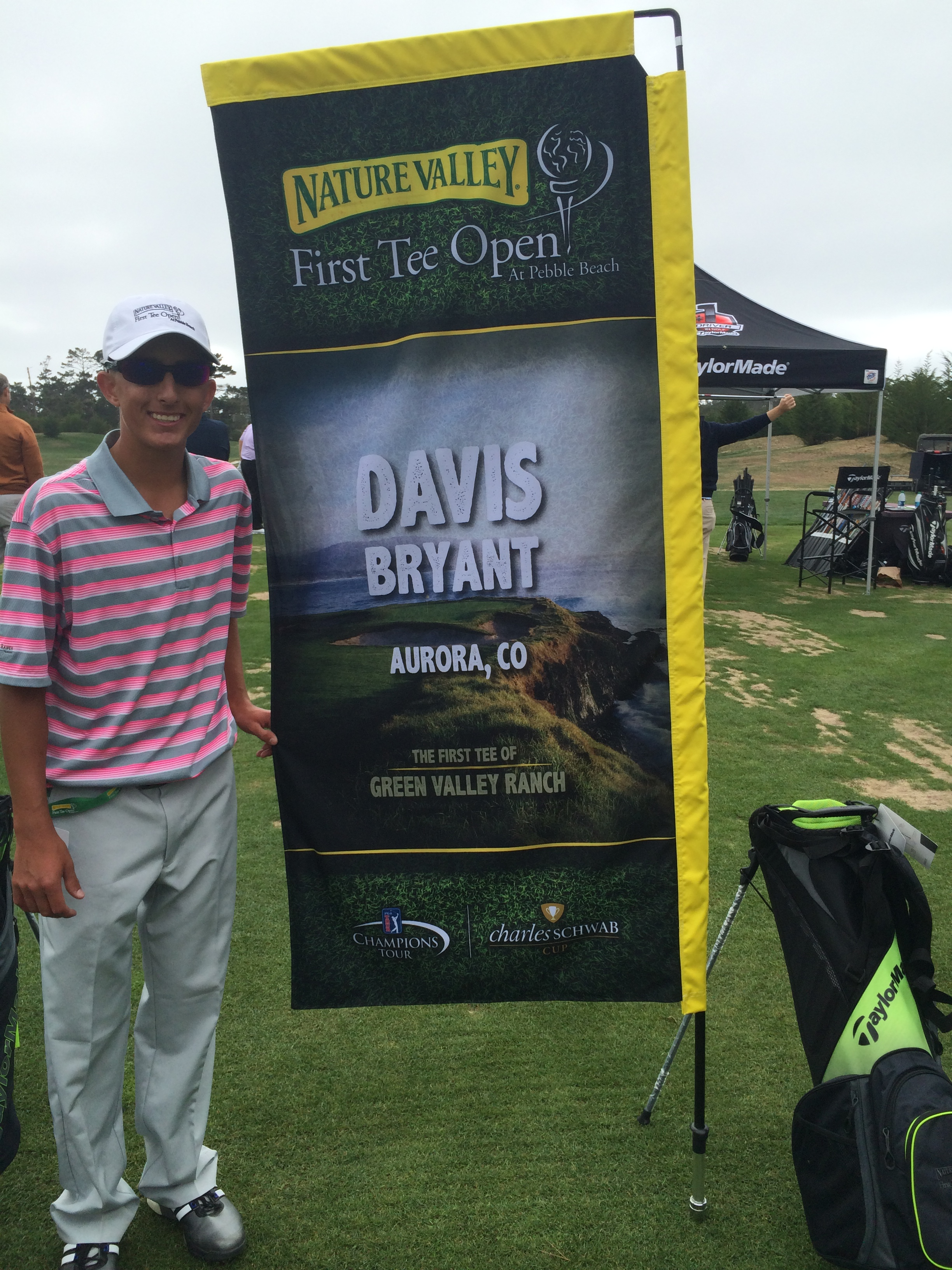 16 04 24 Davis 1st Tee Pebble Open Banner Sign
